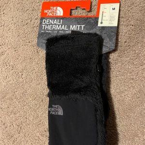 The North Face Denali Thermal Mit - medium